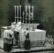 Mass at the Papal Altar